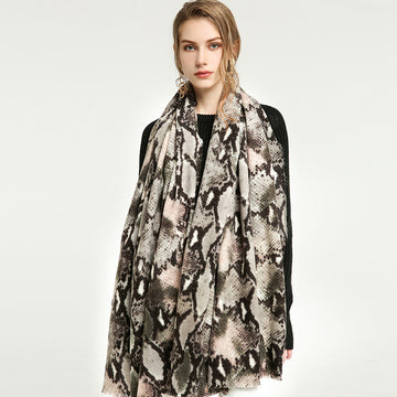 Abstract Pattern Casual Scarf