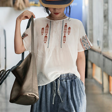 Accordion Pleats Embroidery O-neck Ramie T-shirt