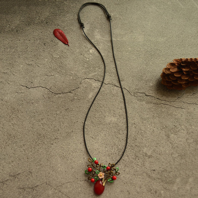 Alloy Resin Shell Flower Necklace