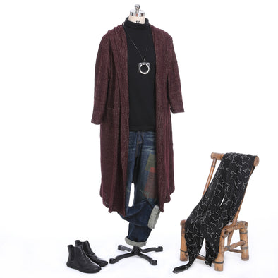 Casual Outfit With Long Cardigan and Jeans