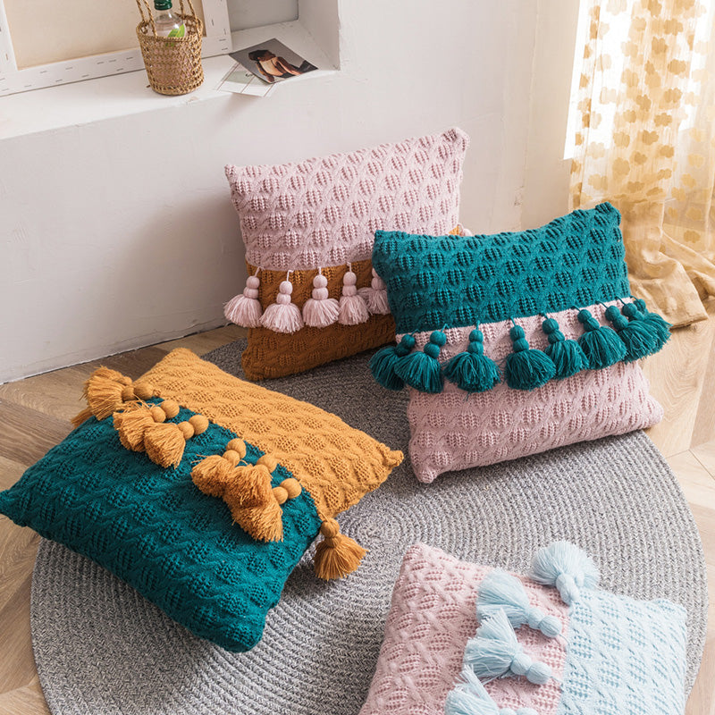 Color Contrast Tassel Knitted Pillow Case
