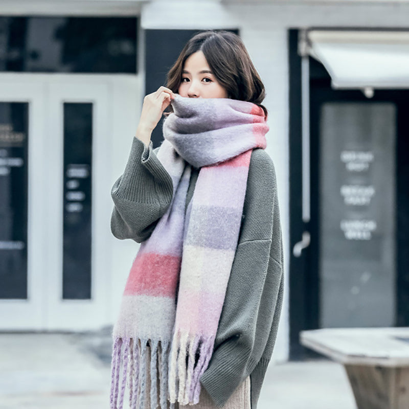 Color Matching Check Scarf