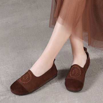 Embroidery Round Toe Retro Leather Shoes
