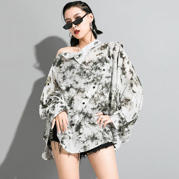 Fashion Printed Slanted Placket Bat Sleeve Blouse