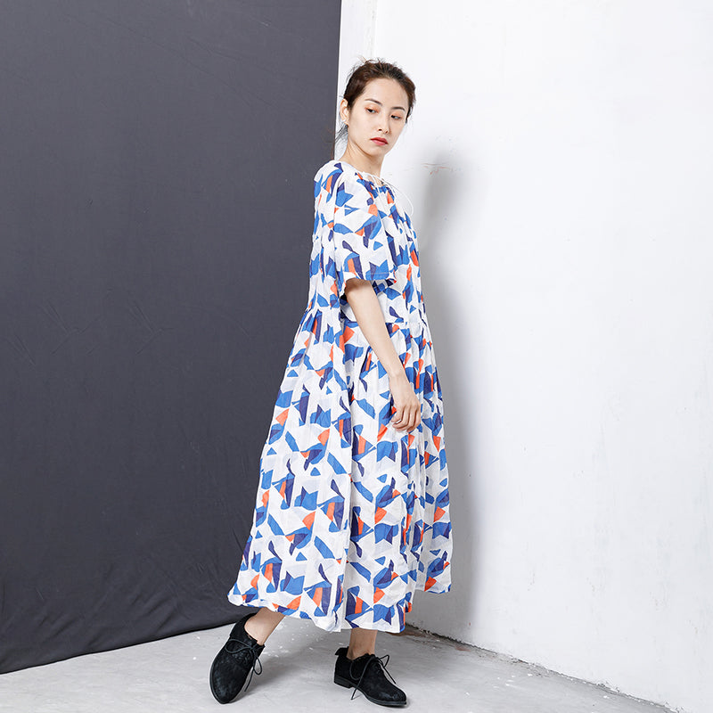 Geometric Print Adjustable Collar Midi Dress