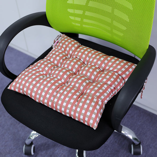 Comfortable Geometry Plaid Soft Polyester Cushion - Buykud