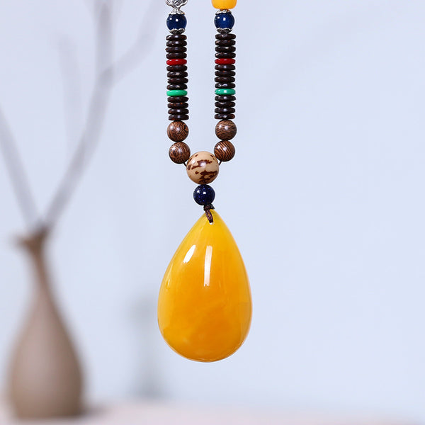 Women Wooden Beads Vintage Beeswax Pendant Necklace
