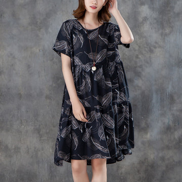 Women Short Sleeve Printed Pleated Black Dress