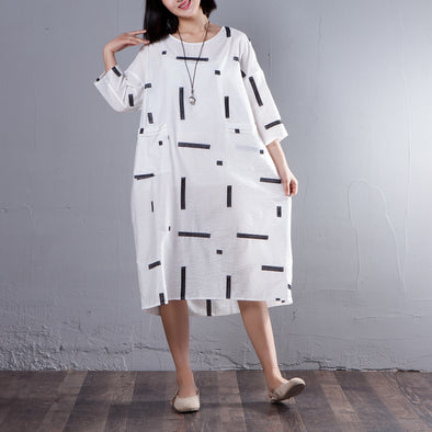 Casual Three Quarter Sleeve Round Neck White Dress - Buykud