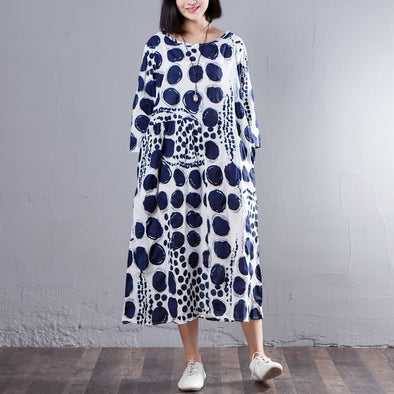 Three Quarter Sleeve Round Neck Loose Blue Dots Dress - Buykud