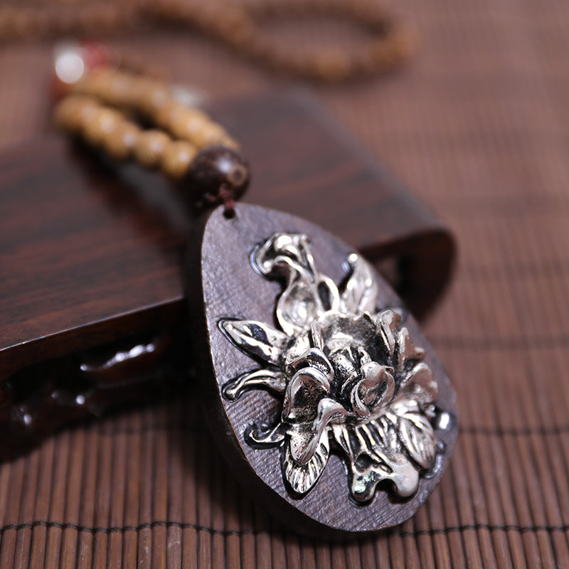 Metal Flower Trim Round Wood Beads Necklace - Buykud