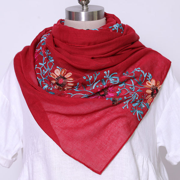 Embroidered Literature Women Casual Wine Red Scarf - Buykud