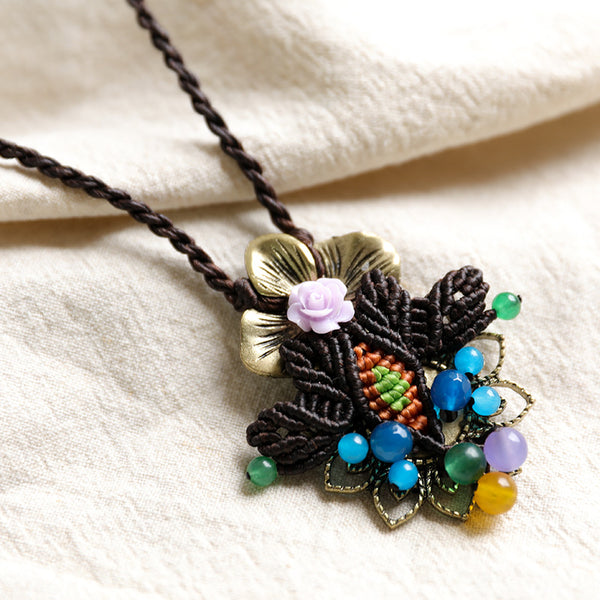 Exquisite Flower Metal Crystal Knitting Retro Necklaces - Buykud