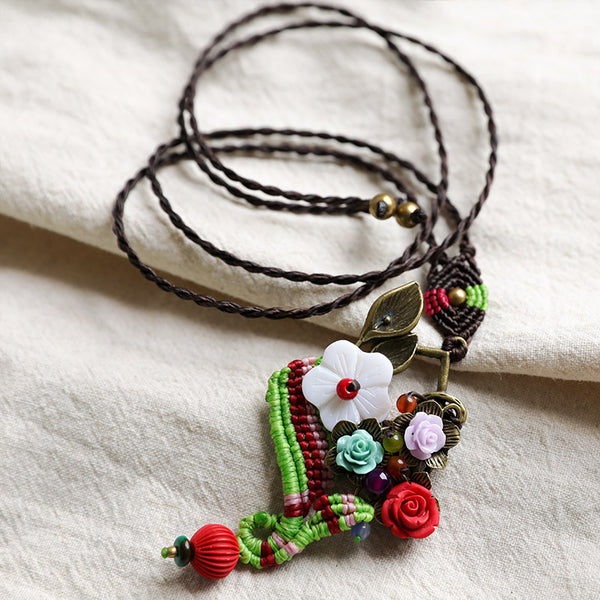Ethnic Style Exquisite Flower Metal Mixed Color Knitting Necklaces - Buykud