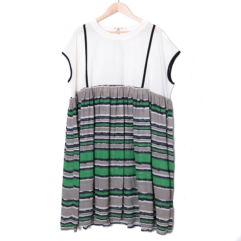 Round Neck Short Sleeves Splicing Pleated Literature Women Dress - Buykud