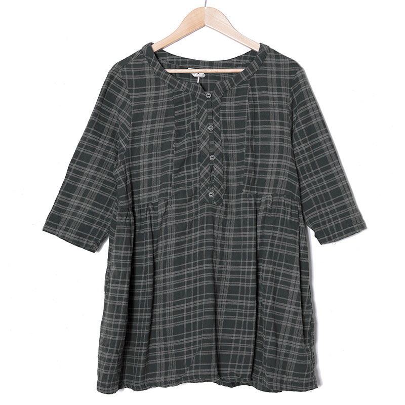 Women Buttons Three Quarter Sleeve Pleated Plaid Pockets Dress - Buykud