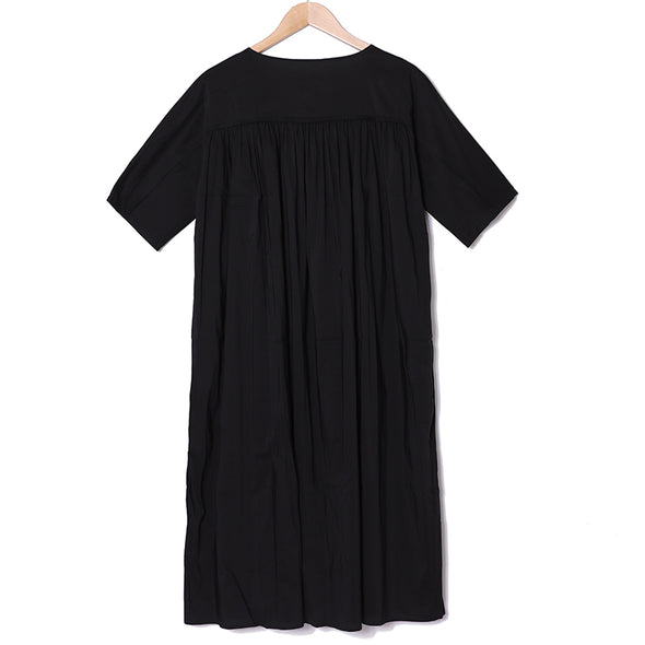 Women Pleated Solid Black Casual Round Neck Dress - Buykud