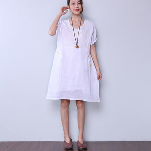 Chic Loose Pocket Button Applique White Dress - Buykud