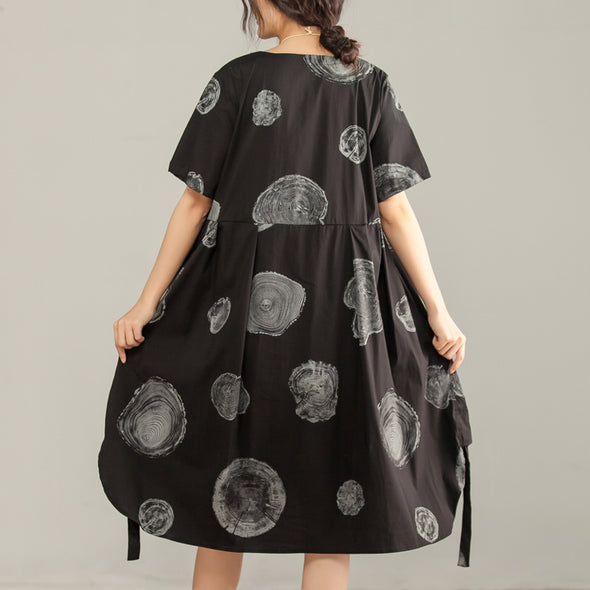 Printed Irregular Round Neck Short Sleeve Black Dress - Buykud