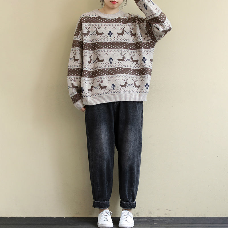 Loose Round Neck Fawn Jacquard Sweater