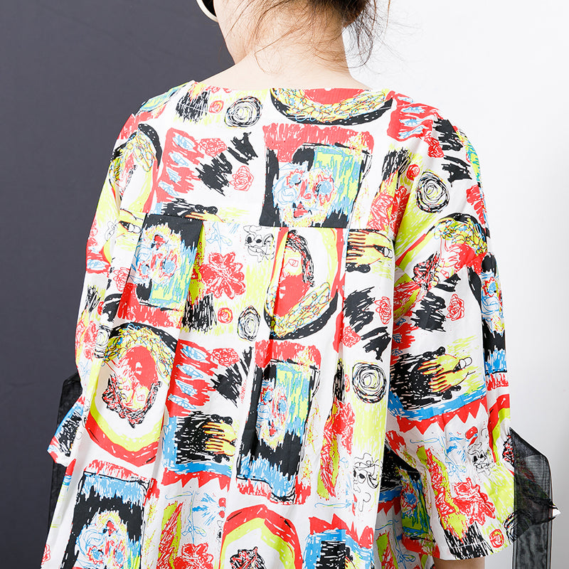 Multi-Colored Graffiti Printed Spliced Lace T-Shirt
