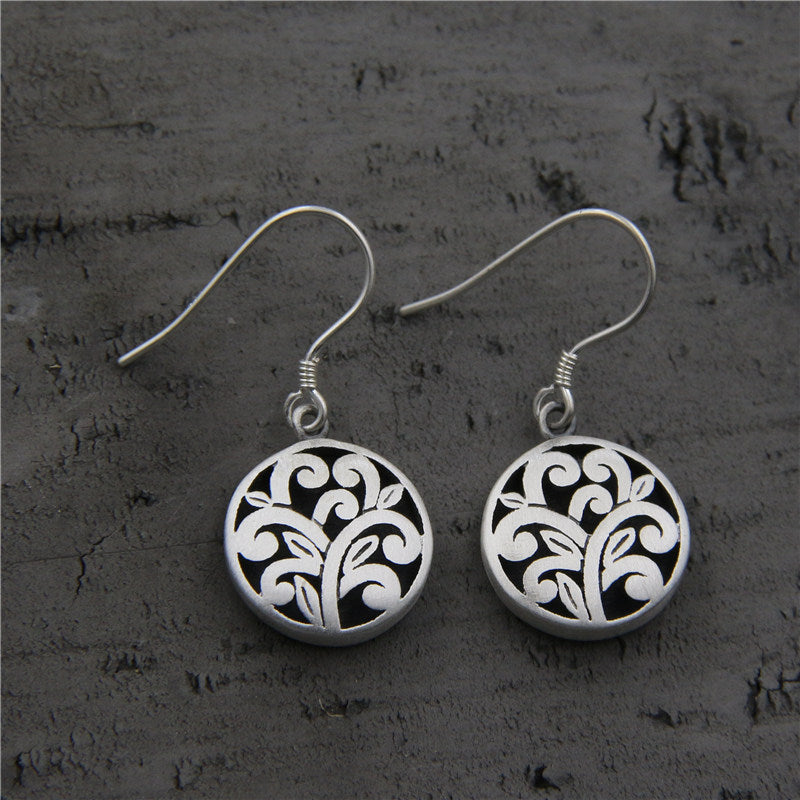 Retro Plant Hollow Silver Wild Earrings