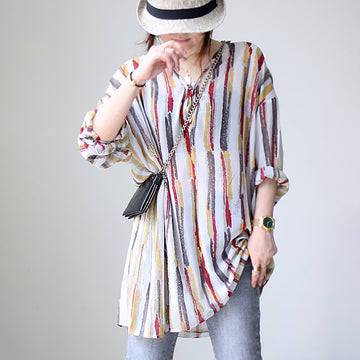 Retro Vertical Colored Stripe Thin V-neck Shirt
