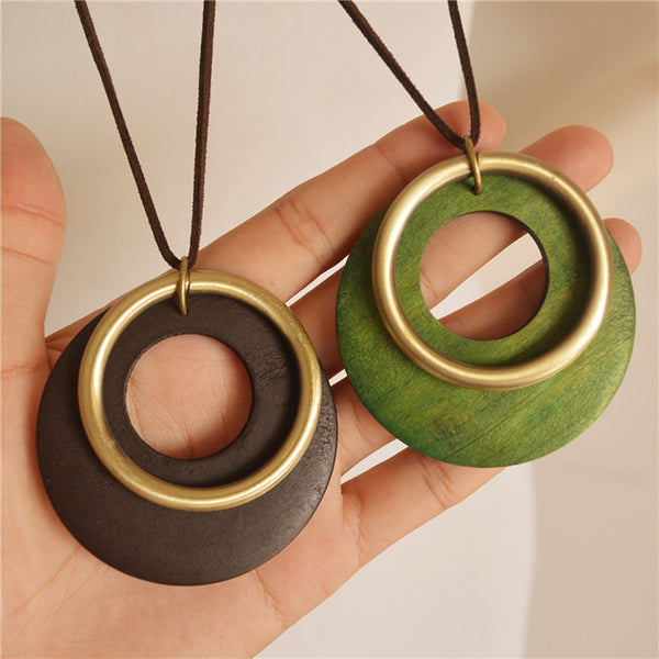 Retro Alloy Wood Circle Necklace Wood Pendant