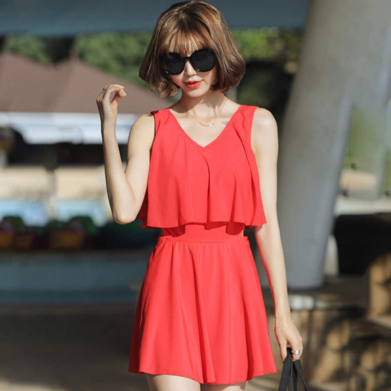 Solid Color V-neck Beach Swimdress (Red/Black)