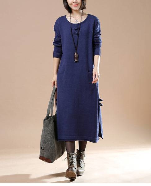 Autumn New Female Long Sleeve Round Neck Plate Buttons Pocket Sweater Navy Blue