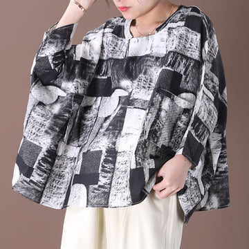 Ultra Loose Black and White Printed Blouse