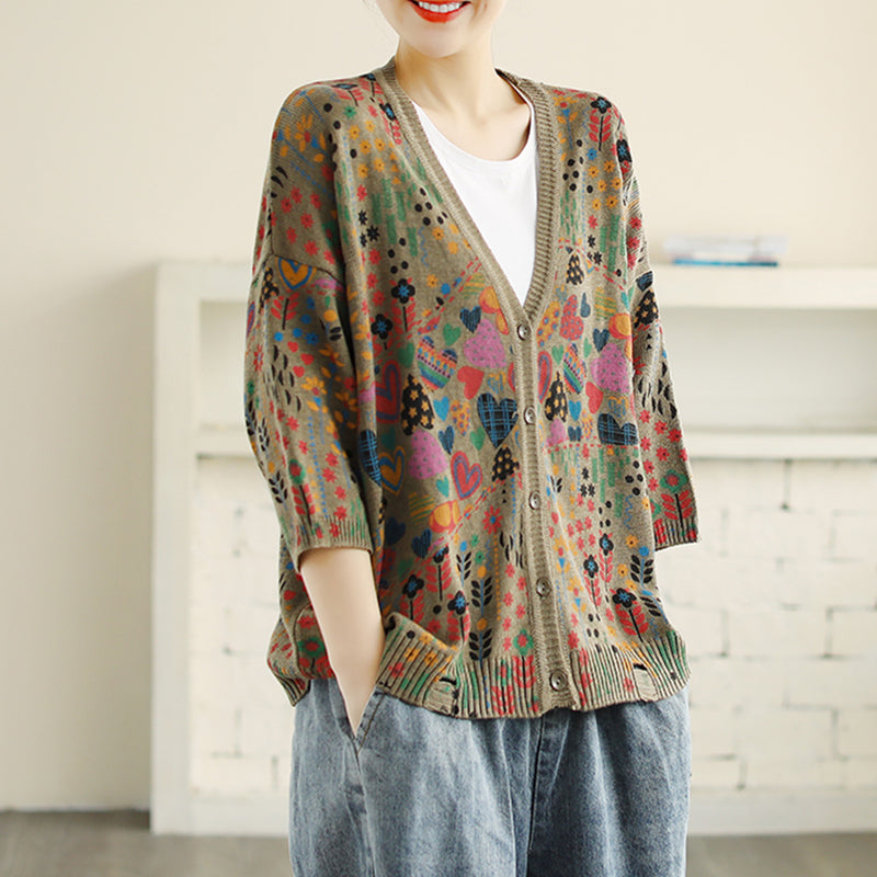 V-neck Hole Printed 3/4 Sleeve Knitted Shirt