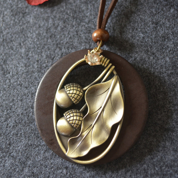 Vintage Alloy Acorn Leaf Necklace