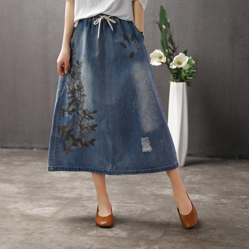 Vintage Leaves Embroidery Hole A-Line Skirt