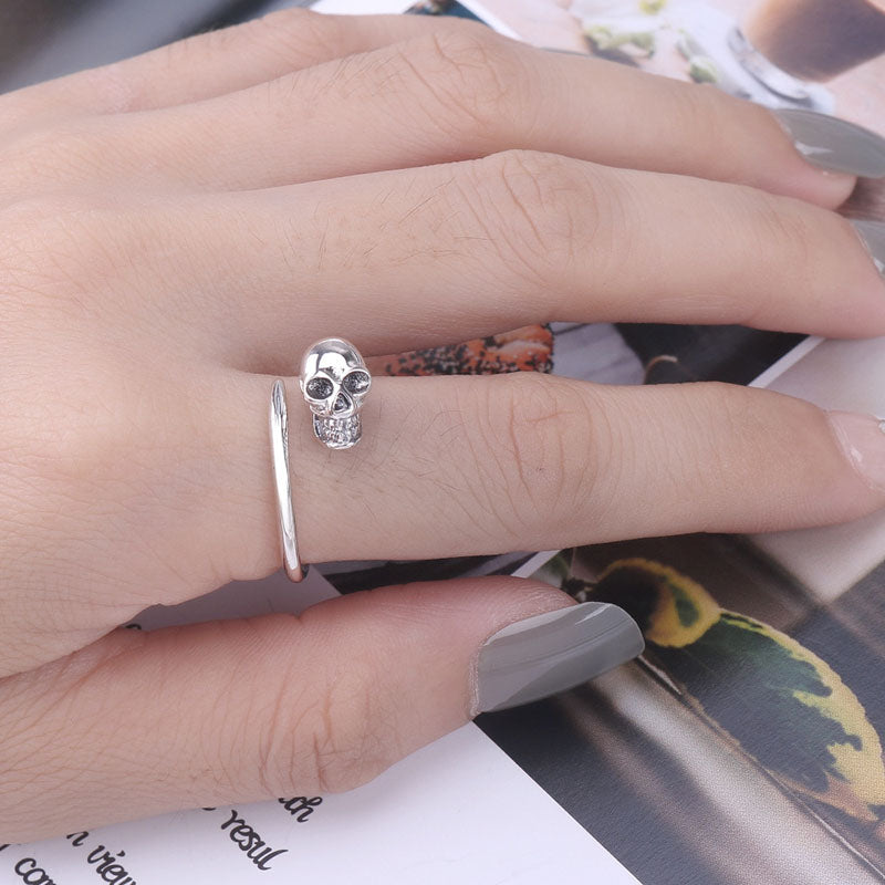 Women Elegant Retro Skull Adjustable Ring