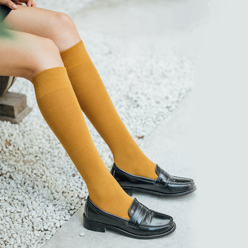 Women Pure Color Student Cotton Knee-high Socks (2 Pairs)