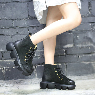 Women Retro Lacing Leather Platform Boots