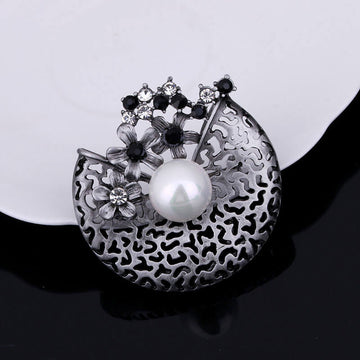 Women Rhinestone Flower Pearl Brooch