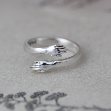 Women Simple Silver Retro Hug Ring