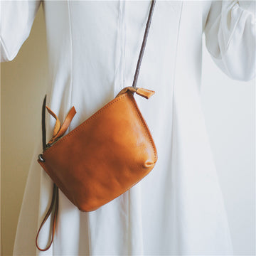 Women Solid Color Leather Crossbody Bag