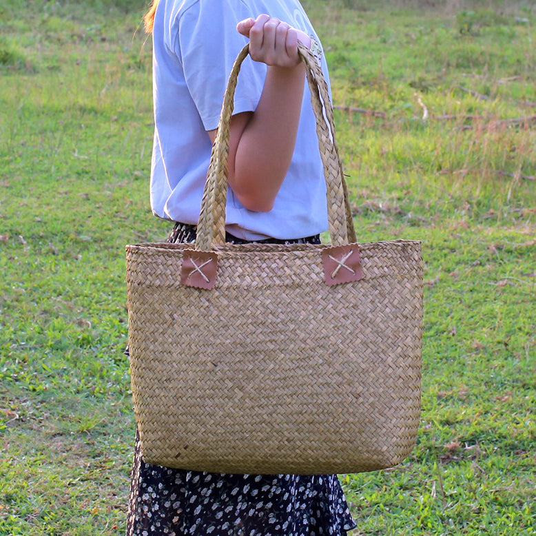 Women Vintage Beach Straw Shoulder Bag