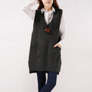 Women Sleeveless Solid Pockets Sweater