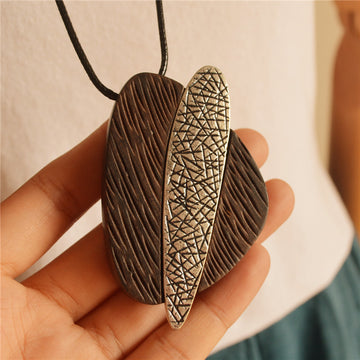 Wood Alloy Geometric Arrow Long Necklace - Buykud