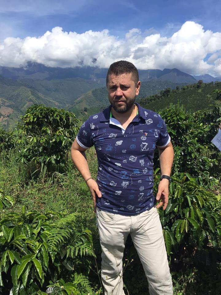 gonzalo alvarez owner and farmer at la arboleda coffee farm in jardin colombia