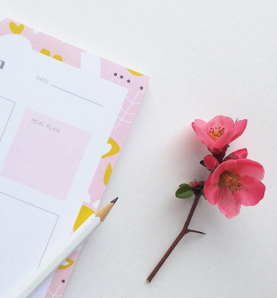Modern Floral Daily Plan Notepad