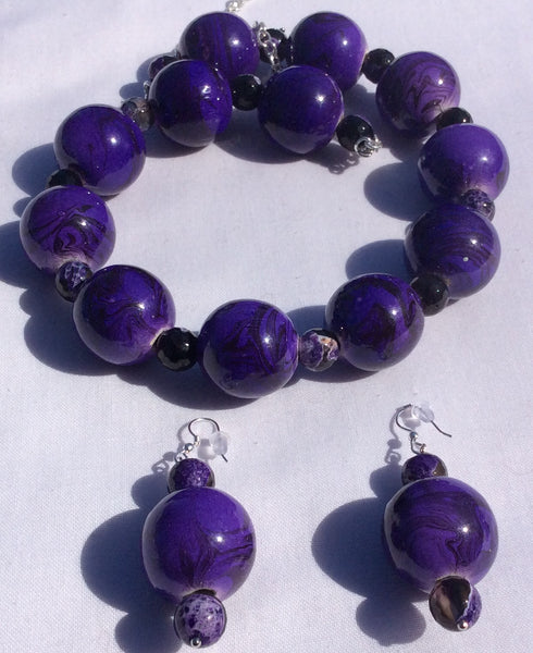 Purple Baubles with Purple Agate Gemstones - Wooden Necklace Set