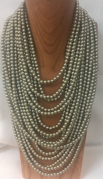 MULTI STRAND LAYERED PEARL NECKLACE