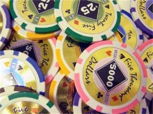 Chips - 25 Black Diamond 14 Gram Poker Chips (1 Roll)