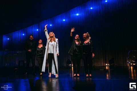 "PopImpressKA Journal:  International Superstar LARA FABIAN Kicks off ""50"" World Tour at Beacon Theatre in NYC"