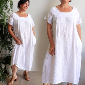 Italian made women's dress in pure 100% linen. Classic styling summer dress with side pockets, dropping to mid-calf in length. Free-size style -120cm in length, bust to 120cm.
